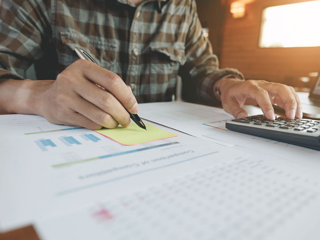 Stay organized with business bookkeeping services